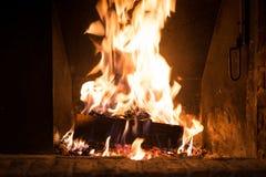 Огонь в камине стоковые фото