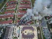 Огонь в таунхаусе Стоковое фото RF