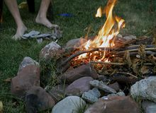 Огонь летнего лагеря Стоковое Изображение