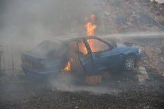 Огонь и взрыв автомобиля Стоковые Фотографии RF