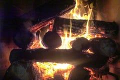 Огонь камина и камина, швырок Стоковые Изображения RF