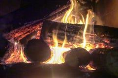 Огонь камина и камина, швырок Стоковые Изображения