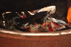Огонь нагревает котел Стоковое фото RF