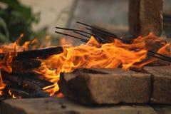 Огонь на барбекю Стоковое фото RF