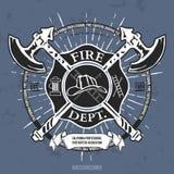 Огонь Dept ярлык Шлем с пересеченными графиками футболки осей вектор бесплатная иллюстрация