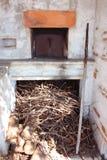 Огороженная печь ремесленника для домашний делать приготовления на гриле и пиццы стоковые фото