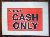 Огорченные наличные деньги только подписывают в ориентации ландшафта стоковые фотографии rf