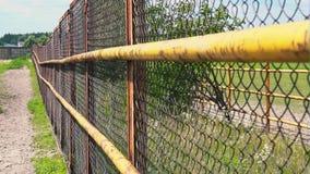 Ограждать сетки Железная загородка на ферме лошади Решетка загона акции видеоматериалы