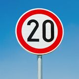 Ограничение в скорости 20 Стоковая Фотография