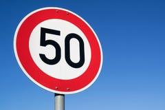 Ограничение в скорости 50 km/h стоковая фотография rf