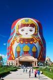 Огромная гостиница куклы matryoshka стоковые фото