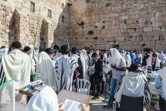 Огромная толпа верных евреев Стоковая Фотография RF