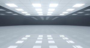 Огромная черно-белая пустая комната с квадратными светами на потолке Стоковая Фотография