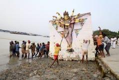 Огромное погружение Durga стоковые фото