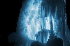 Огромные сосульки льда Стоковая Фотография