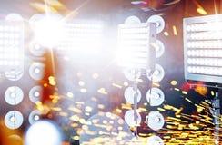 Огромные фары на этапе концерта Стоковые Фотографии RF