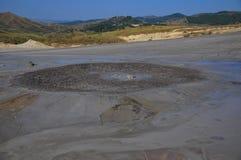 Огромный вулкан грязи Стоковая Фотография