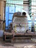 Огромный промышленный компрессор воздуха на старой электростанции Стоковое фото RF