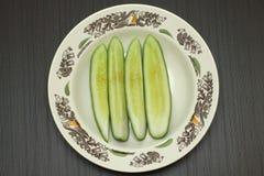 Огурцы в блюде Стоковое Фото