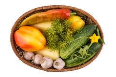 Огурцы, перец и чеснок изолированные на белой предпосылке Стоковые Фотографии RF