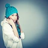 одевает зиму девушки Стоковые Фото
