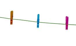 одевает линию clothespins Стоковые Фотографии RF