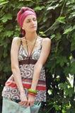 одевая этническая девушка Стоковые Фотографии RF