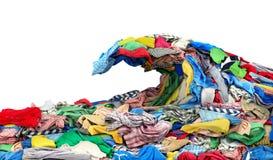 Одежда в форме волны на белизне стоковые фото