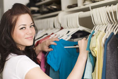одежды шкафа стоковое фото