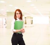 одетьнный делом офис девушки Стоковые Фотографии RF