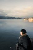 одиночная сидя женщина Стоковое Изображение RF