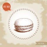 Одиночное печенье macaron на винтажной старой предпосылке Очень вкусная помадка французского печенья Стоковое фото RF