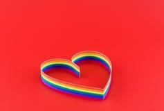 Одиночное сердце, краска флага цвета голубого в красном цвете. стоковая фотография