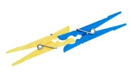 один другого 2 clothespins укуса стоковые изображения rf