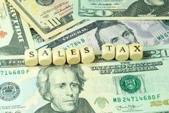 Одна долларовая банкнота и налоги в Америке стоковые фотографии rf