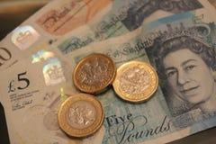 10 5 одно примечание 10 монетки фунта, 5, 1, 5 одно примечание пластмассы полимера примечания монетки фунта Стоковые Изображения