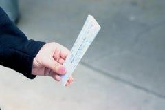 одно снабжает билетами Стоковое Фото