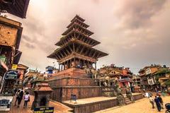 18-ое августа 2014 - индусский висок в центре Bhaktapur, Непала Стоковая Фотография RF