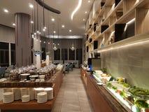 15-ое августа 2018, Куала-Лумпур Весь день обедающ ресторан настройте на гостинице Mercure Selangor Selayang Стоковое фото RF