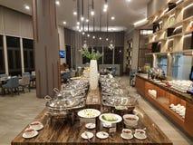 15-ое августа 2018, Куала-Лумпур Весь день обедающ ресторан настройте на гостинице Mercure Selangor Selayang Стоковые Изображения RF