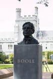 6-ое июня 2017, пробочка, Ирландия - Cork университет коллежа, бюст Джордж Boole Стоковые Фотографии RF