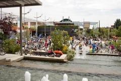 28-ОЕ МАЯ 2017, АЛЬКОБЕНДАС, ИСПАНИЯ: традиционный парад велосипеда гунн стоковые фото