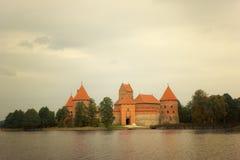 14-ое начатое trakai Литвы острова конструкции столетия замока каменное было Стоковое фото RF