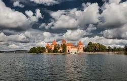 14-ое начатое trakai Литвы острова конструкции столетия замока каменное было Стоковые Изображения