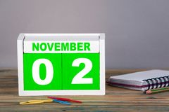 2-ое ноября календарь конца-вверх деревянный Стоковая Фотография