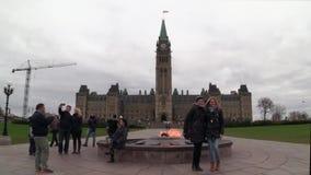 10-ое ноября 2016 - Оттава, парламент Buildngs ` s Онтарио - Канады - Канады сток-видео