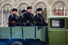 5-ОЕ НОЯБРЯ 2016: Репетиция парадного костюма парада, преданная к 7-ое ноября 1941 на красной площади в Москве Стоковые Фотографии RF