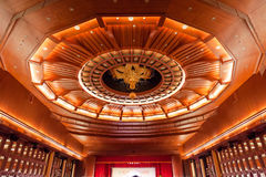 2012, 25-ое октября - город Тайбэя, Тайвань: Грандиозный взгляд интерьера гостиницы Стоковые Изображения