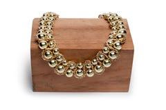 Ожерелье на деревянной стойке Стоковые Фото