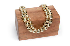 Ожерелье на деревянной стойке Стоковые Изображения